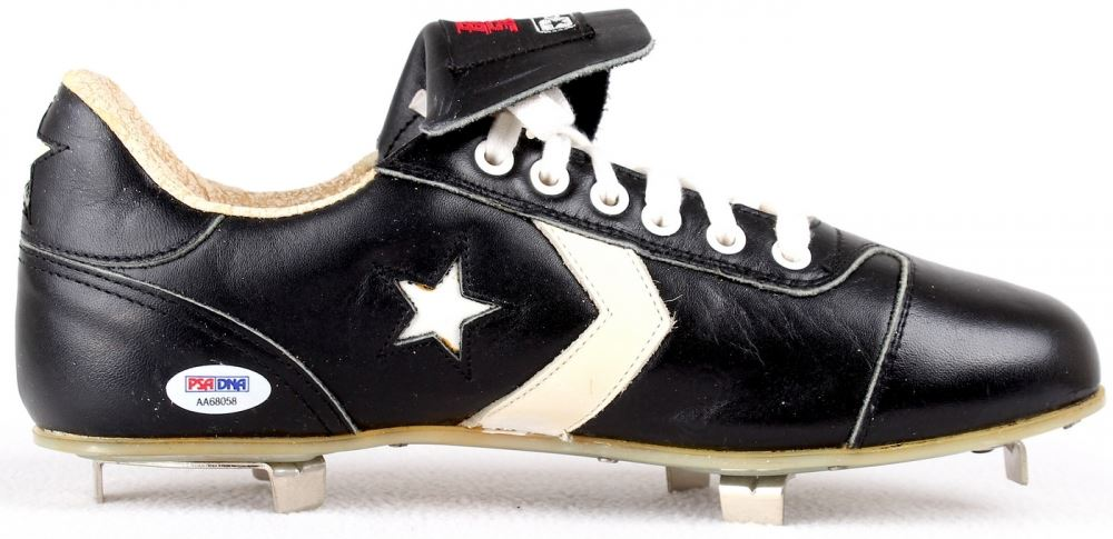 71d3e195b6f5 ... Image 4   Reggie Jackson Signed Vintage Converse Baseball Cleat with Display  Case (PSA COA ...