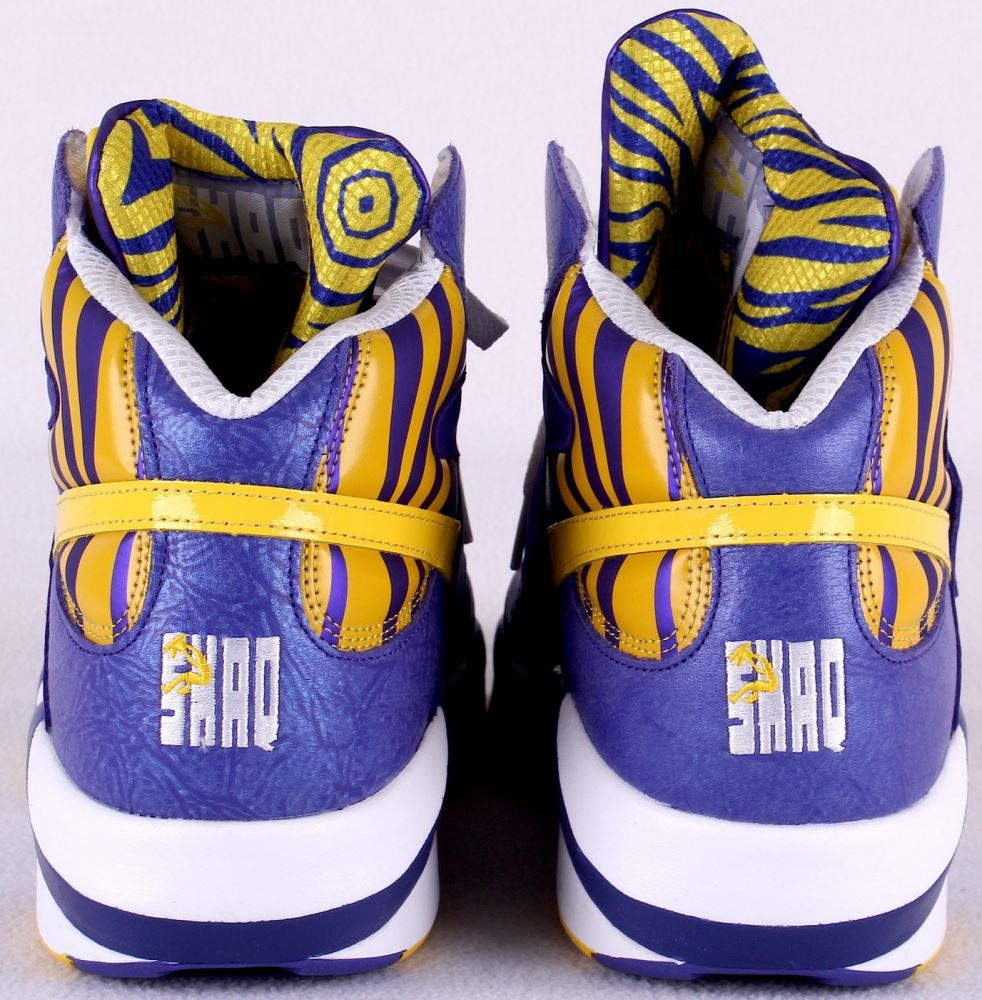 for whole family buy real matching in colour Shaquille O'Neal Signed Reebok