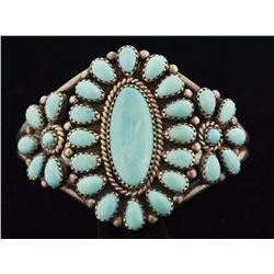 Ladies Turquoise Cluster Bracelet