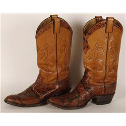 Pair of Men's Justin Boots