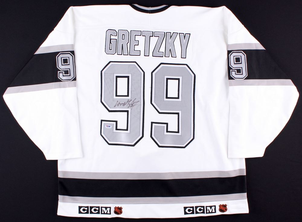 buy popular 3312a 43985 Wayne Gretzky Signed Kings Jersey (PSA LOA)