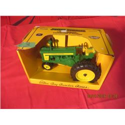 1/16 Scale John Deere 720 Narrow Front Toy Tractor Times #5844TA