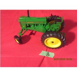 1/16 Scale John Deere 70 High Crop National Farm Toy Museum