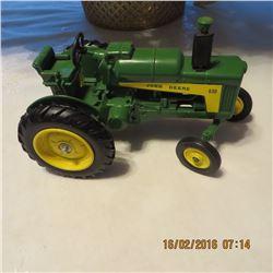 1/16 Scale John Deere 630 Toy Farmer 1988 #5590