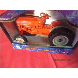 1/16 Scale Ford 621 Workmaster