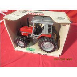 1/16 Scale Massey Ferguson 3070 4WD #1128