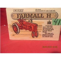 1/16 Scale Farmall H #414