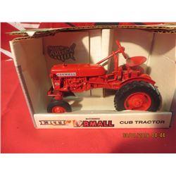 1/16 Scale Farmall Cub Tractor #652