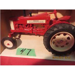 1/16 Scale Farmall 350 #418 (White wheel, Black stack)