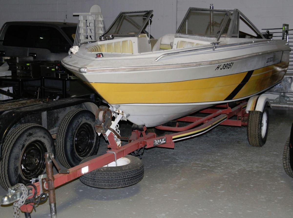 1980 LARSON OPEN BOW BOAT W/MERCURY 1400 ENGINE,