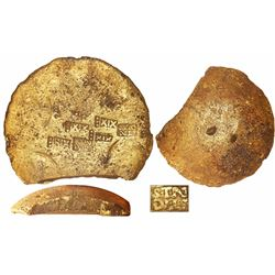 Gold disk with cut edge, 1438 grams, fineness XIX••• (19.75K), foundry / assayer STN / DTS (?), from