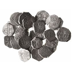 Large lot of 29 Spanish cob 2 reales, Philip III and IV, various mints and assayers (where visible).
