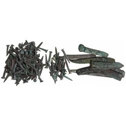 Large lot of bronze spikes (8) and sheathing nails (140), plus broken pieces.