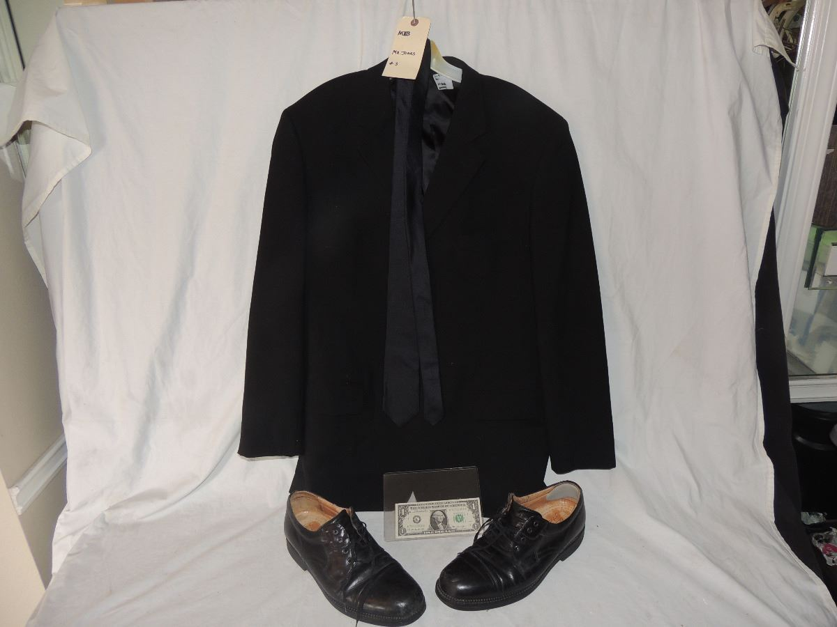 Mib Men In Black Screen Used Agent K Tommy Lee Jones Jacket Tie And Shoes