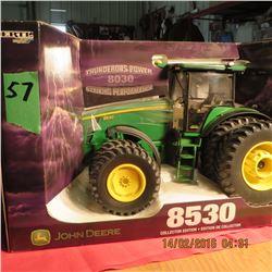 John Deere 8550 tractor w/ duals