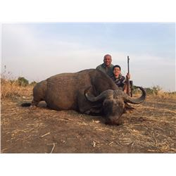WES HIXON/PETER CHIPMAN: 7-Day Cape Buffalo and Plains Game Hunt for One Hunter and One Non-Hunter i