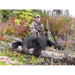 WICKED RIVER OUTFITTERS: 5-Day Black Bear Hunt for One Hunter in British Columbia - Includes Trophy