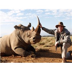 TAM SAFARIS: 7-Day DARTED White Rhino Hunt for One Hunter and One Non-Hunter in the Eastern Cape of