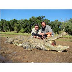 CHIFUTI SAFARIS: 7-Day Nile Crocodile Hunt for One Hunter and One Non-Hunter in Zimbabwe - Includes