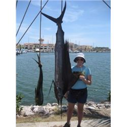 SHUNNESON & WILSON: 6-Day (4 Fishing Days) Fish Slamming Safari for One Angler in Zihuatanejo, Mexic