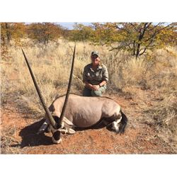 MADUBULA SAFARIS: 10-Day Plains Game Hunt for Two Hunters and Two Non-Hunters in South Africa - Incl