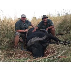 KATZKE SAFARIS: 10-Day Cape Buffalo Hunt for One Hunter in Zimbabwe - Includes Trophy Fee and Fishi