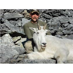 7-DAY MOUNTAIN GOAT HUNT FOR 1 HUNTER IN B.C.