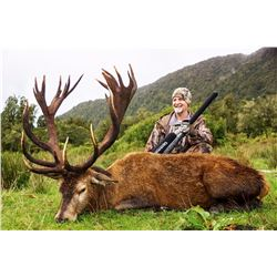 5-DAY RED STAG HUNT FOR 1 HUNTER AND 1 NON HUNTER