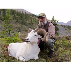 12-DAY DALL'S SHEEP/WOLF/WOLVERINE HUNT IN THE NORTHWEST TERRITORIES FOR 1 HUNTER & 1 NON-HUNTER