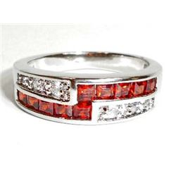 STERLING SILVER GARNET LADIES RING - SIZE 9