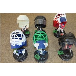 Set of 6 Mini Figure w/ helmets