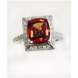 MALAYA Garnet 3.79CT,  14K W/G RING 6.69GRAM / DIAMOND RD 0.71CT