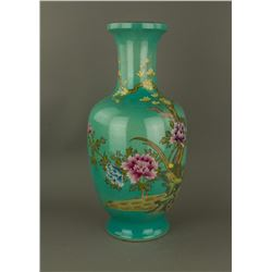 Green Ground Porcelain Vase Yongzheng MK