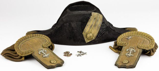 WORLD WAR I ROYAL NAVY OFFICER'S COCKED HAT AND