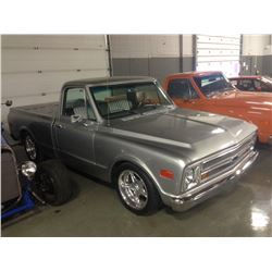 1971 CHEVROLET C-10 PICK-UP