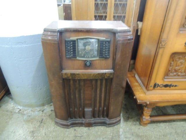 ANTIQUE ZENITH CONSOLE FLOOR RADIO 1950'S