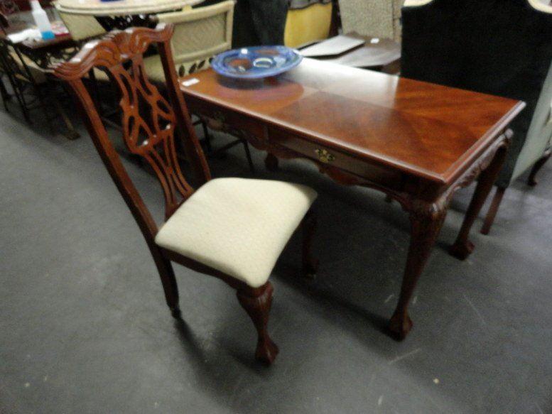 Swell Ball Claw Foot Writing Desk Chair Minor Scratches Machost Co Dining Chair Design Ideas Machostcouk