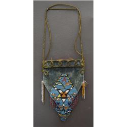 VICTORIAN STYLE BEADED BAG
