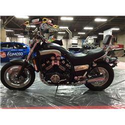 2004 YAMAHA VMAX MOTORCYCLE