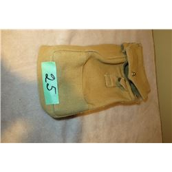 WWII Canadian P37 basic pouch (ammunition)