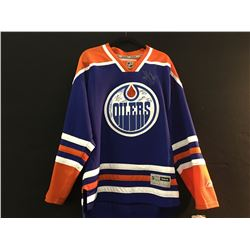 EDMONTON OILERS HOCKEY JERSEY SIGNED BY MULTIPLE PLAYERS