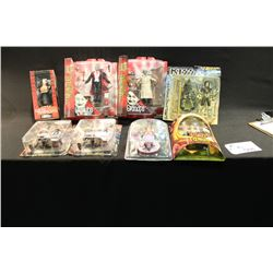 8 PIECES OF FANTASY, T.V. & KISS FIGURES