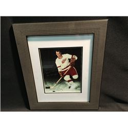 SIGNED AND FRAMED GORDIE HOWE PICTURE