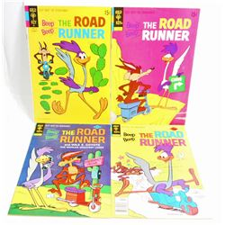 LOT OF 4 VINTAGE ROAD RUNNER COMIC BOOKS - 15, 25 & 30 CENT COVERS