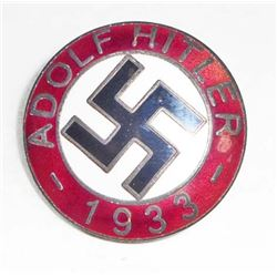 GERMAN NAZI ADOLF HITLER ENAMELED PARTY BADGE