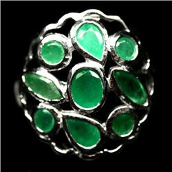 WHITE GOLD OVER STERLING SILVER GREEN EMERALD RING - SIZE 6.5
