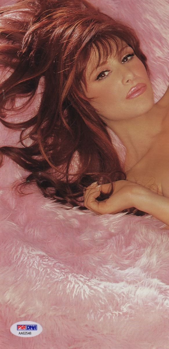 ... Image 2 : Pop Singer Tiffany Signed Nude Playboy Photo