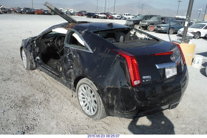 2011 - CADILLAC CTS// SALVAGE TITLE