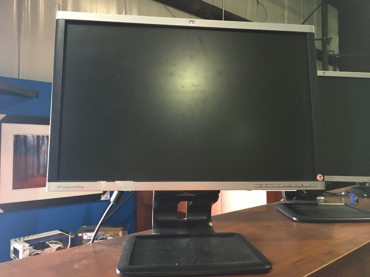 HP COMPAQ LA2205WG MONITOR - NO POWER CORD