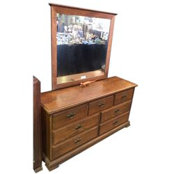 * Solid Oak Nine Drawer Dressing Table with Mirror